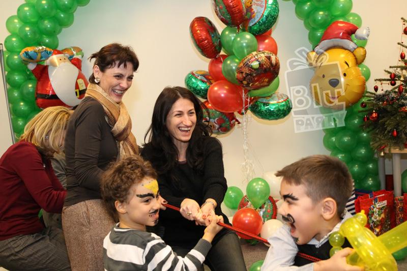 decoratiuni baloane craciun