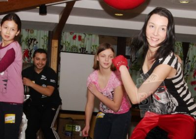 bluparty-invata-streetdance-copii-dans-romanii-au-talent