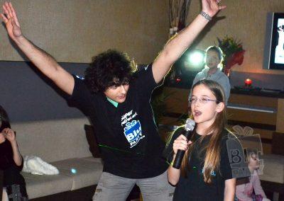 bluparty-karaoke-microfon-copii-muzica-petrecere