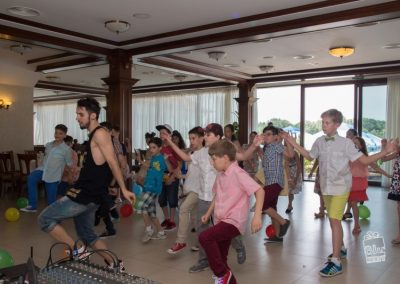 bluparty-street-dance-dans-copii-lectie-muzica