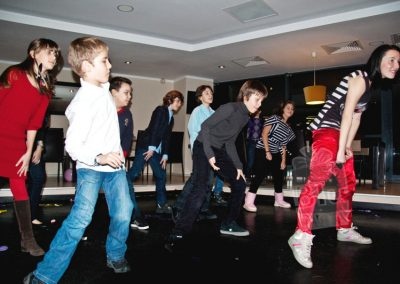 bluparty-streetdance-dansatori-petreceri-pentru-copii