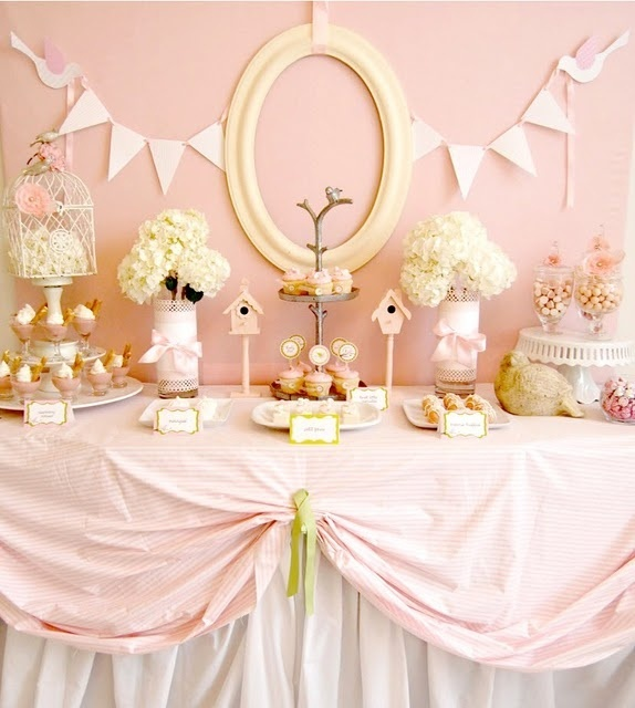 Cum preg te ti un candy bar memorabil pentru petrecerea ta for Baby shower deko boy