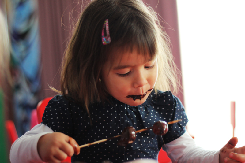 fantana ciocolata petrecere copii