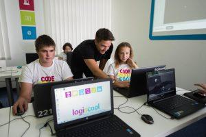 logiscool-atelier-programare-scoala-altfel