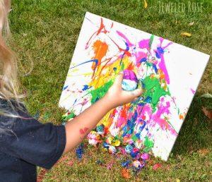 Pictura-cu-oua-colorate-BluParty