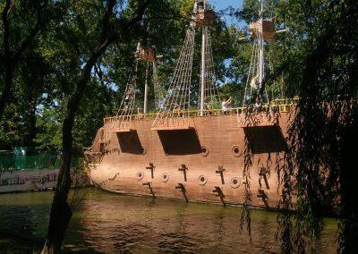 insula-copiilor-corabia-piratilor